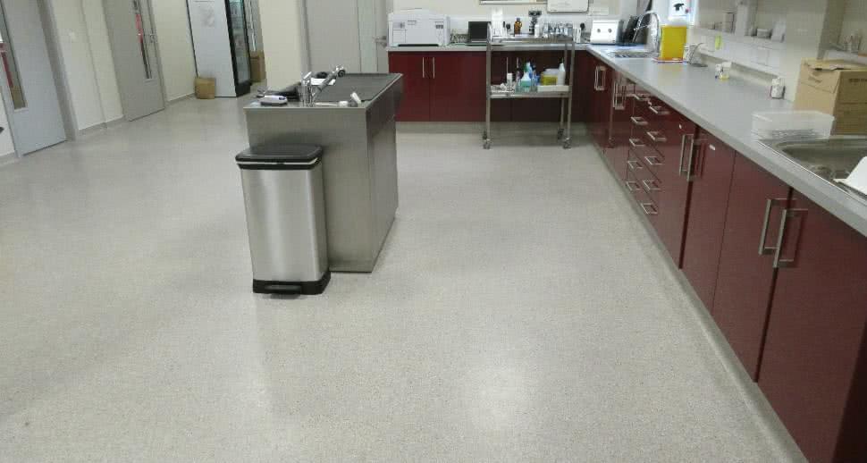 Non slip veterinary flooring