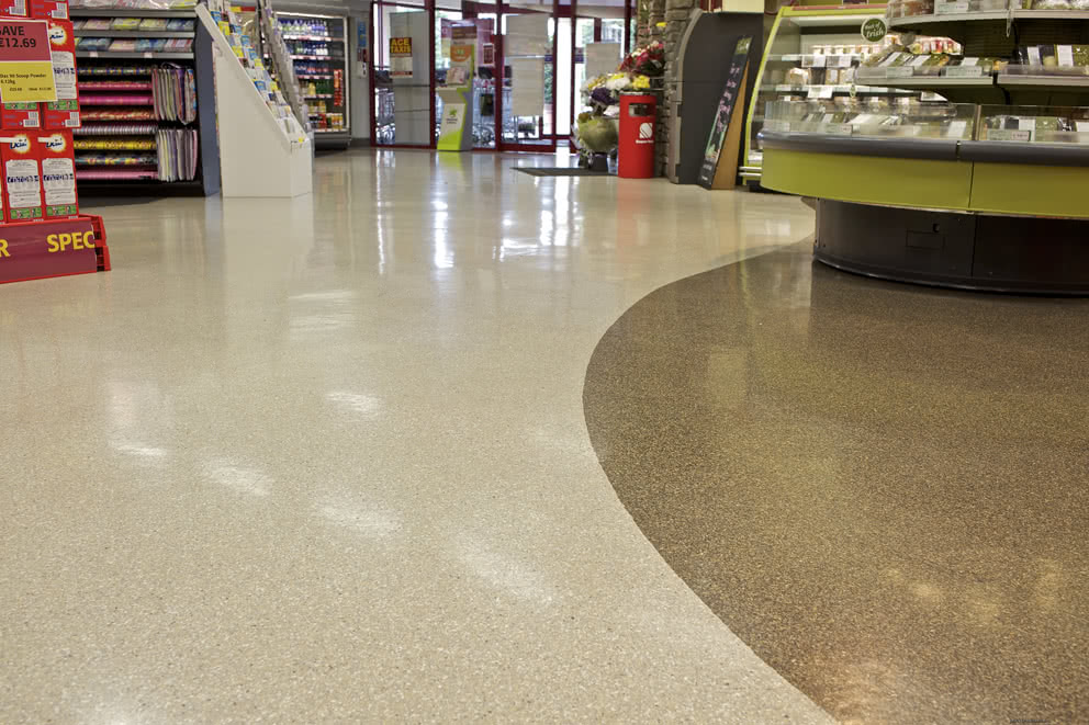 Reflective PMMA retail floor
